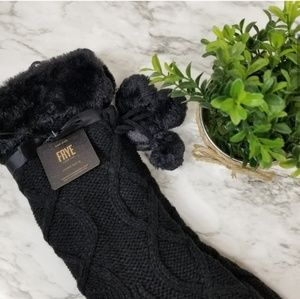 Frye Accessories - Frye | NWT Fuzzy Pom Pom Cable Knit Home Socks